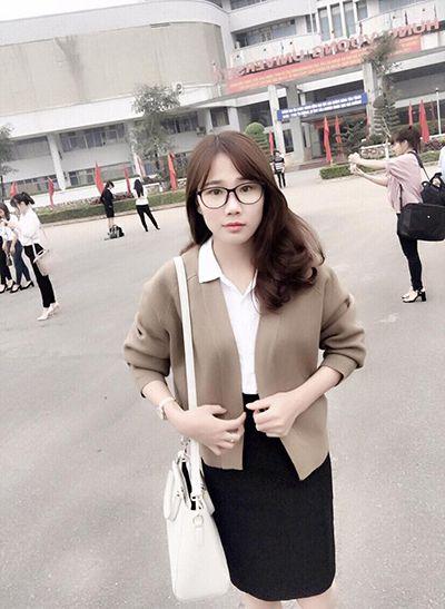 Dạy kèm tại nhà môn Văn cô Phạm Thu
