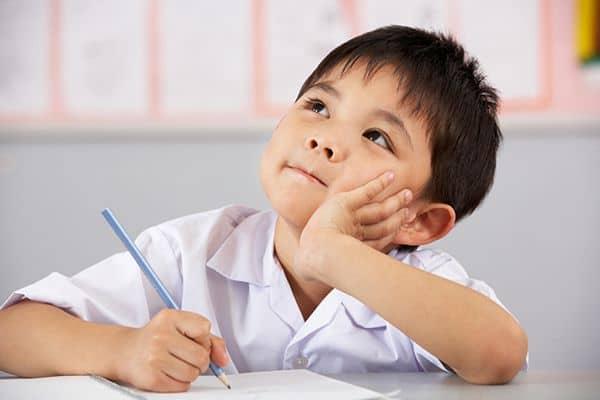 """Chia sẻ """"bí quyết"""" dạy trẻ học lớp 1 hiệu quả-1"""