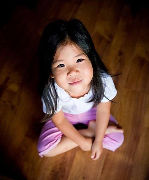 Tác hại khi trẻ ngồi ở tư thế chữ W-3