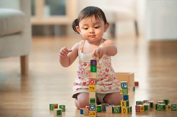 Càng nhỏ đầu óc trẻ càng thông minh