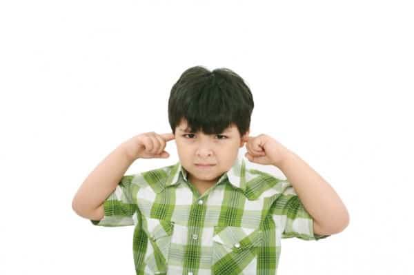 5 sai lầm khi dạy trẻ bướng bỉnh